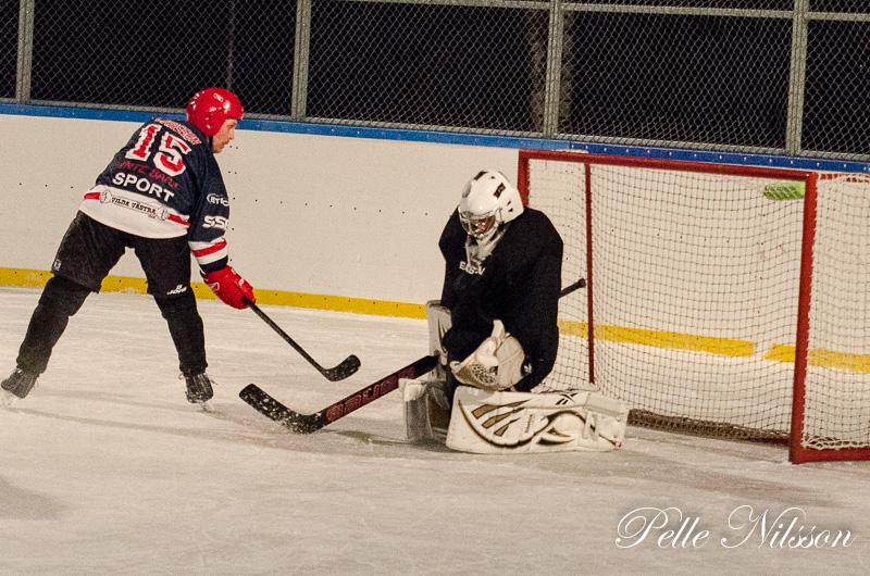 Veteranishockey Fränsta vs Sundsvall/Matfors på Kraftsamlingarena Foto: Pelle Nilsson Ljungandalen.info