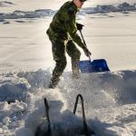 Hemvärnet i Snöskottartävlingen Foto: Pelle Nilsson / Ljungandalen.info
