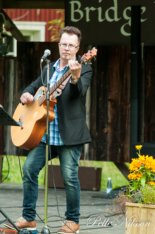 Hans Edvardsson i Bridge Band Foto: Pelle Nilsson Ljungandalen.info