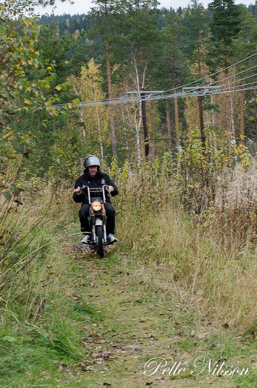 Terrängbanan på mopeddag hos Karlsro flyers Foto: Pelle Nilsson Ljungandalen.info