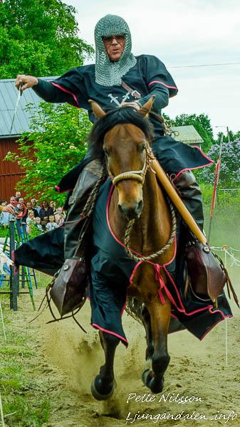 Riddare på Kälens medeltidsmarknad Foto: Pelle Nilsson / Ljungandalen.info