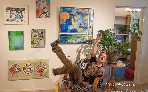 Ina Beckman i sin Atelje på kulturbanken