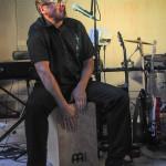 Dick Sörholm är en ny bekanskap i The Nightdrivers som spelar vanligen klaviatur men som synligt kan han spela fler insturment