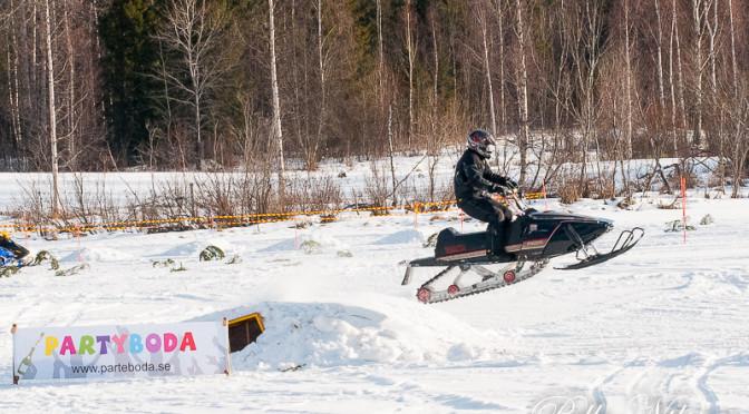 Parteboda veteranskoter race Foto:Pelle Nilsson Ljungandalen.info