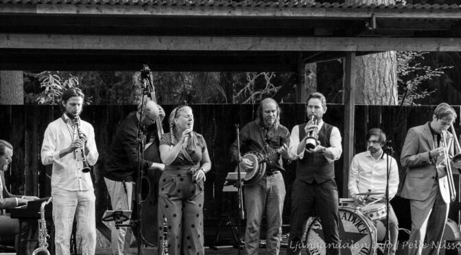 Spicy Advice Ragtime Band – bORGSJÖ hEMBYGDSGÅRD